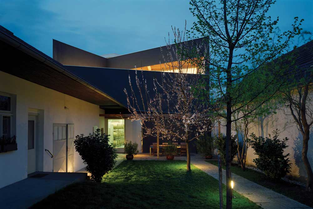 Erich Sattler Winery / Architects Collective