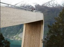 Aurland Lookout / Saunders Architecture