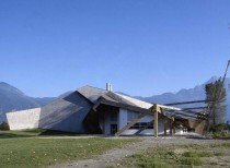 Seabird Island School / Patkau Architects