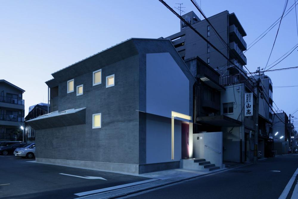 Keyhole House / Eastern design office