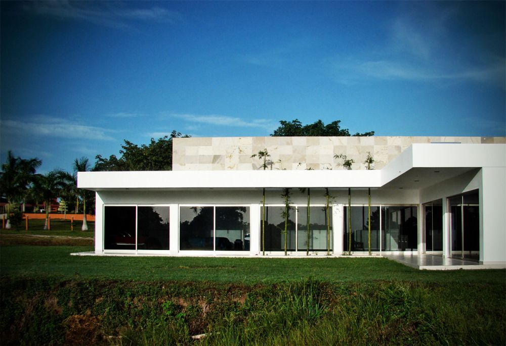 Ponce House / Coutiño & Ponce Architects