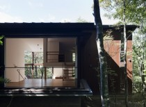 Tiered Lodge / Naoi Architecture & Design Office