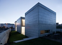 House in Moreira / Phyd Arquitectura