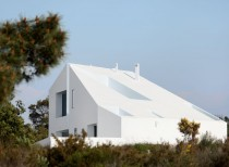 House in Possanco / ARX Portugal