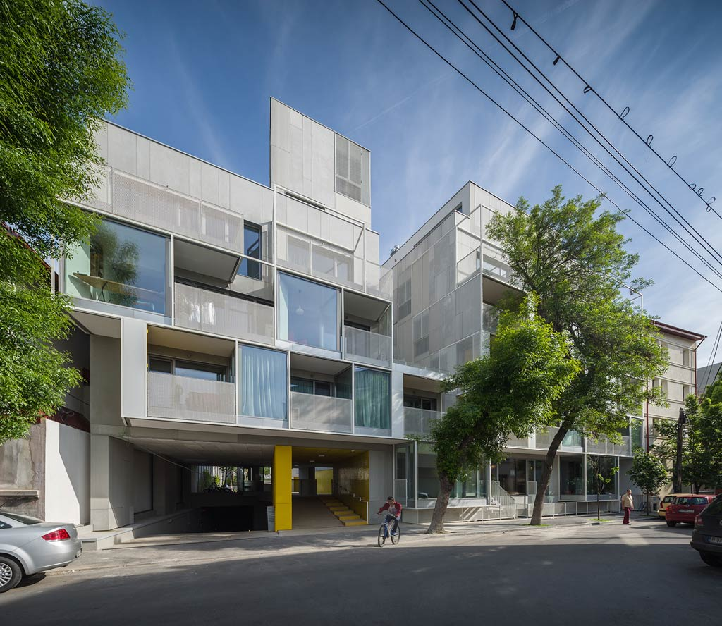 Apartment Building / ADN BA