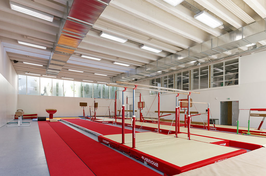 Renovation of the Sport Center Hector Berlioz / Dietmar Feichtinger Architectes