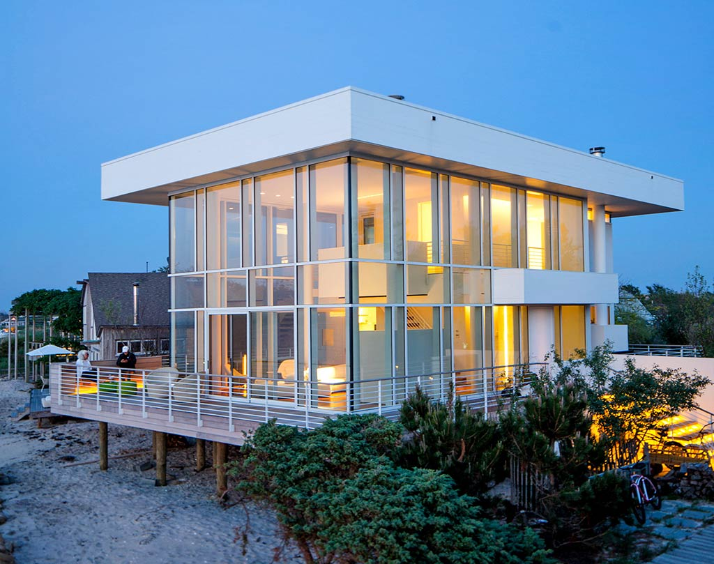 Richard Meier's High and Mighty Beach House