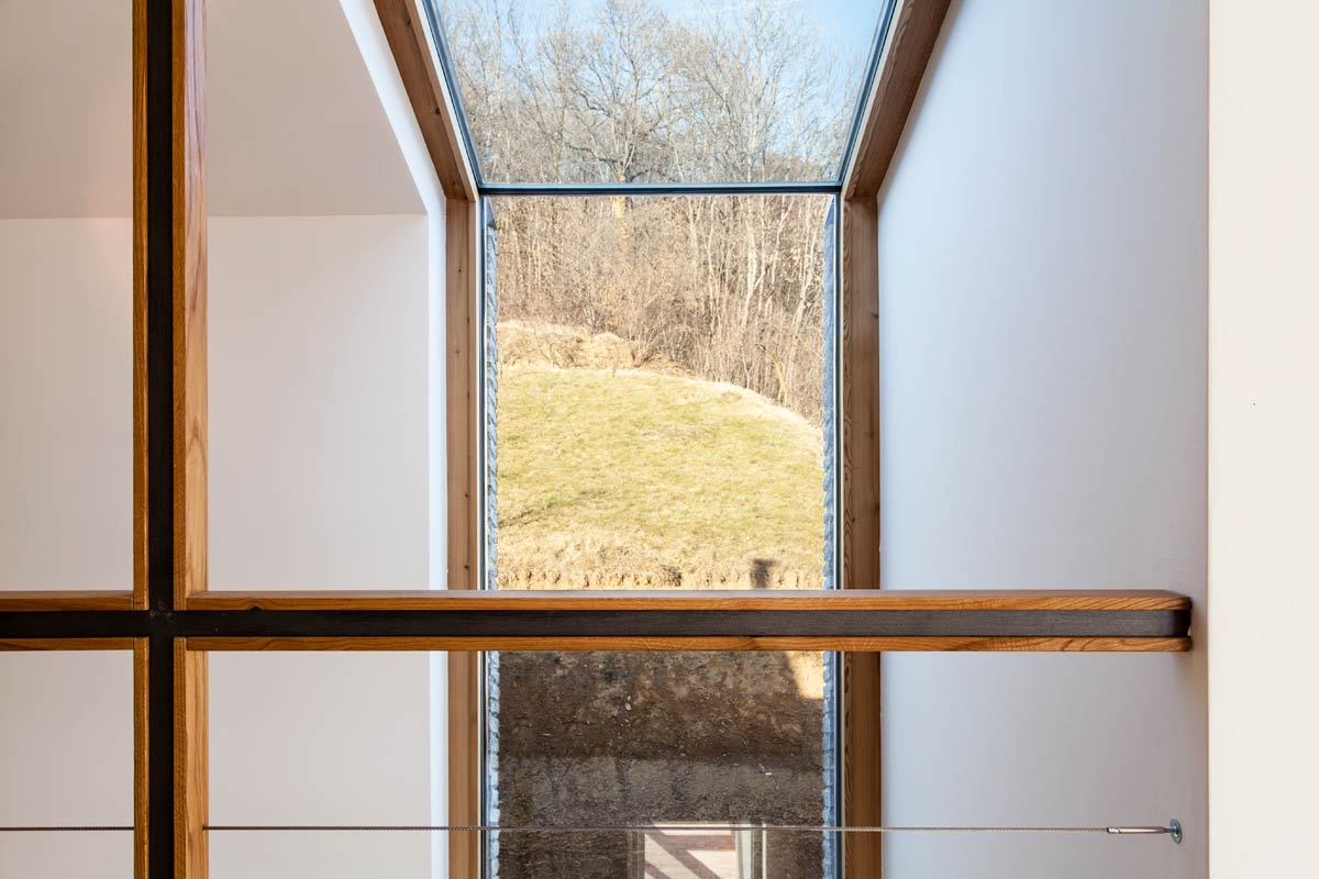 Alpine Foothills House / Deamicisarchitetti