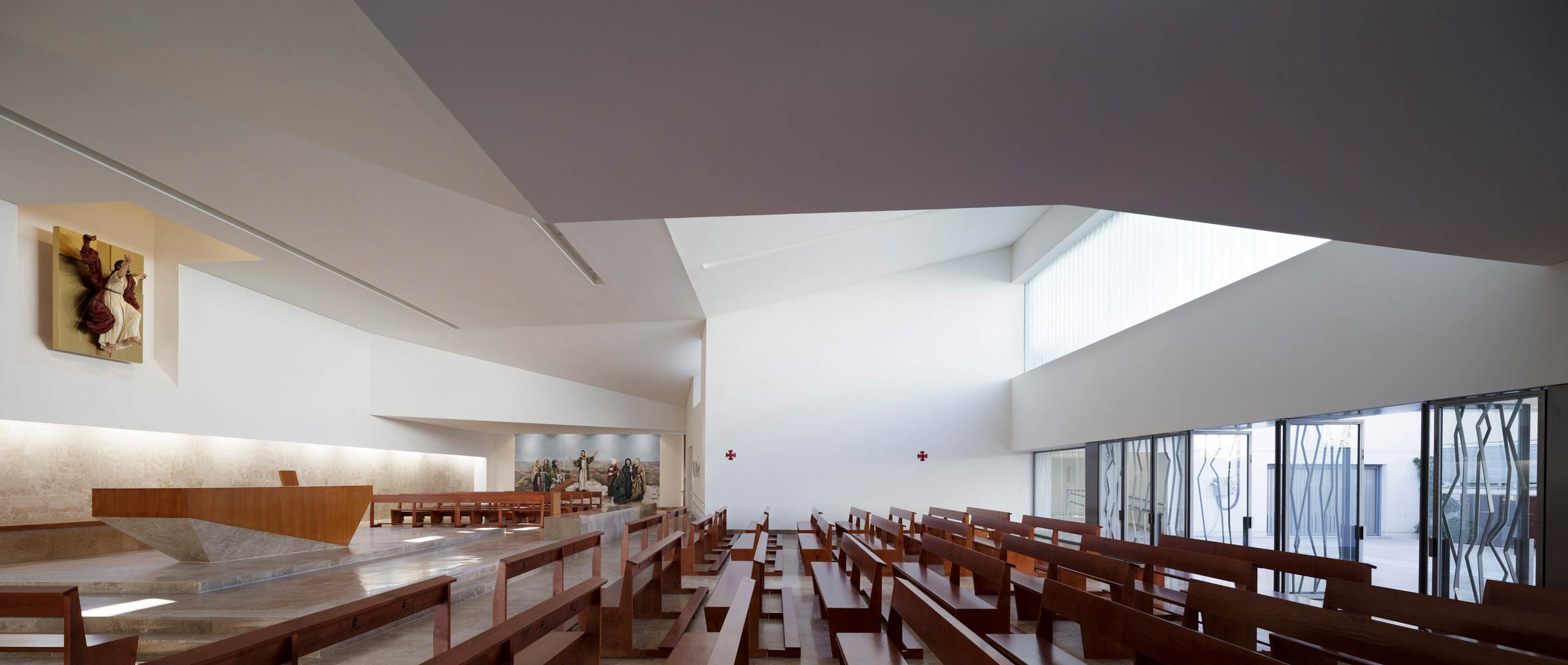 La Ascensión del Señor Church / AGi architects
