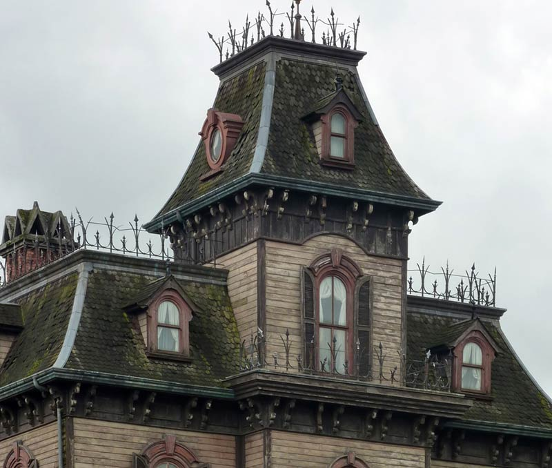 Haunted mansion, Disneyland Paris