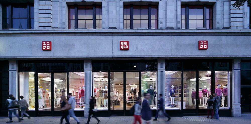 UNIQLO window installations - thin thin thin / emmanuelle moureaux architecture + design