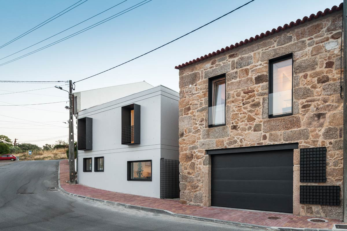 House JA / Filipe Pina + Ines Costa