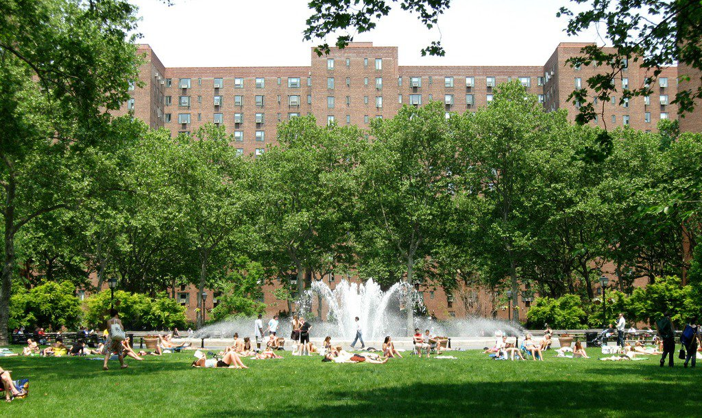 Towers in the Park: Le Corbusier's Influence in NYC
