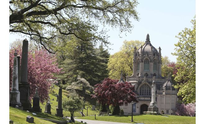 History, landscaping, architecture: Tales told in NYC's cemeteries