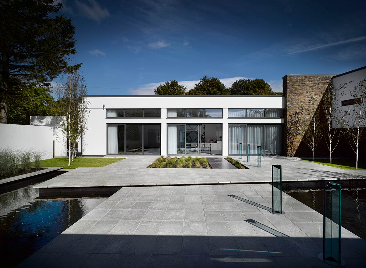 Regent road - contemporary family dwelling / architecture:m