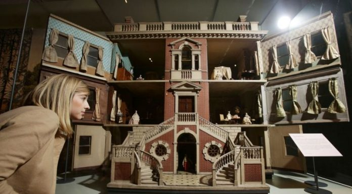 A peek inside the history of the doll's house