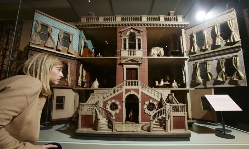 A Peek Inside The History Of The Doll S House