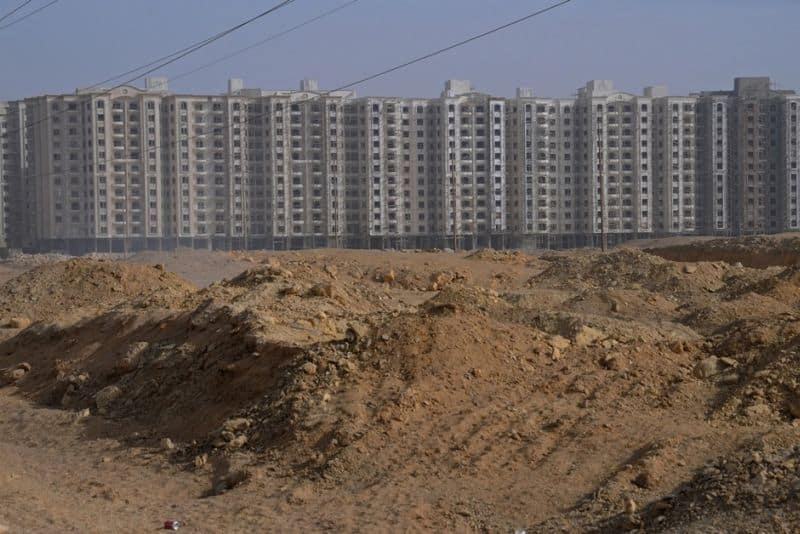 Fighting a Housing Crisis, Egypt Builds Towers in the Desert