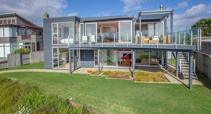 New Zealand Beach Homes Get a Luxury Makeover