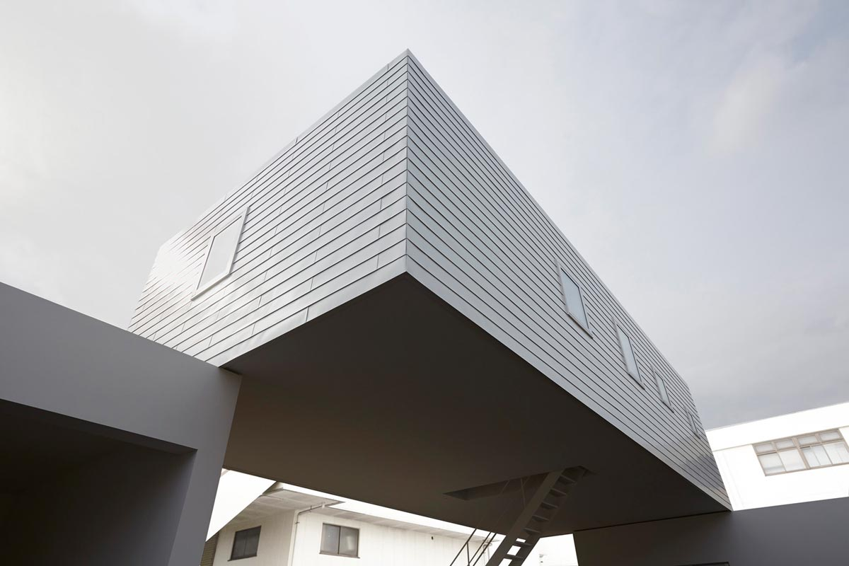 Nagasawa dental Clinic, Japan / TYRANT