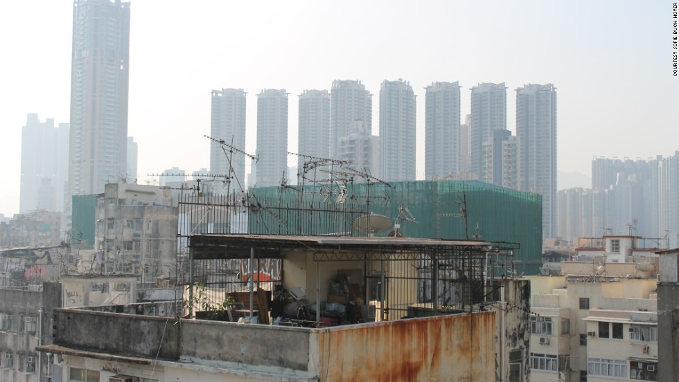 Hong Kong's sky slums highlight wealth gap