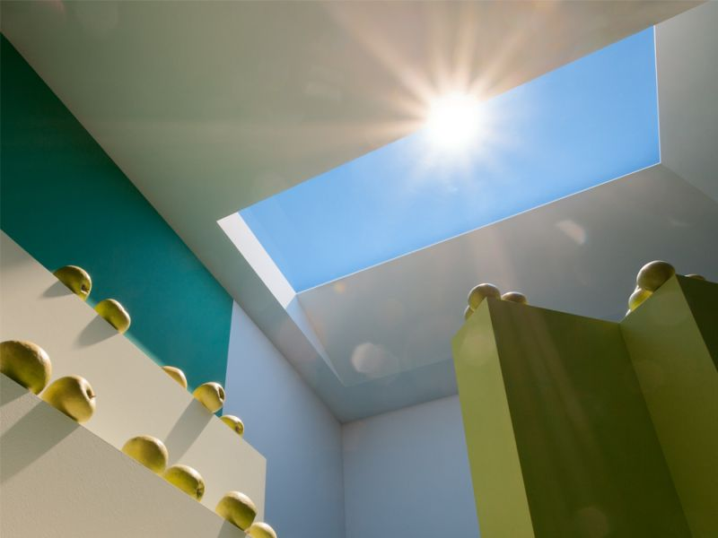 A Nanotech Skylight That Looks Just Like the Sun Shining Overhead