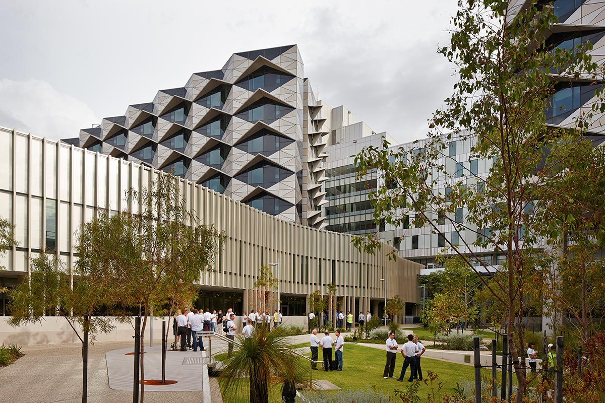 Fiona Stanley Hospital / Hassell