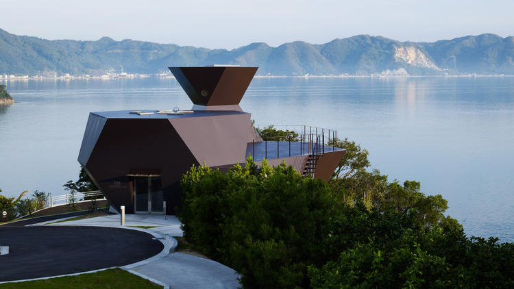 Toyo Ito's architecture beckons a critic to Asia