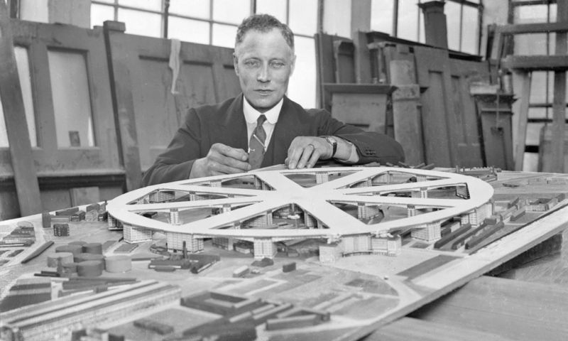 King's Cross airport? The outlandish plans for London that almost got built