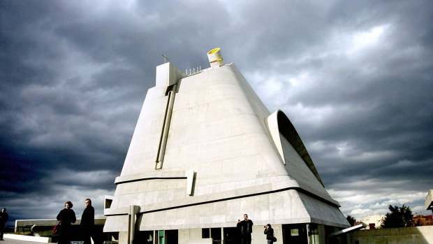 How modernist architecture finds its best expression in religious buildings