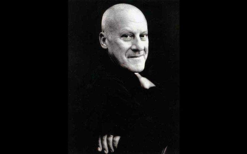 Norman Foster receives the Louis Kahn Memorial Award