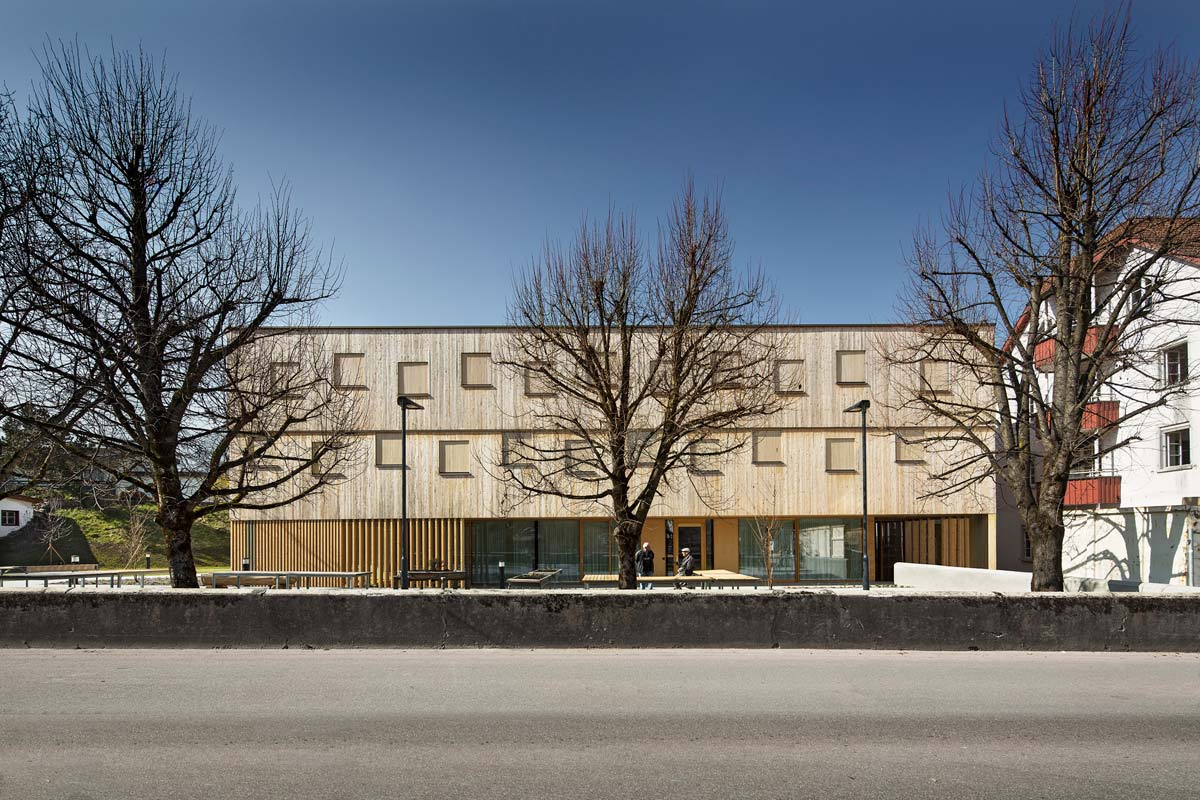 Nenzing Nursing Home / Dietger Wissounig Architects