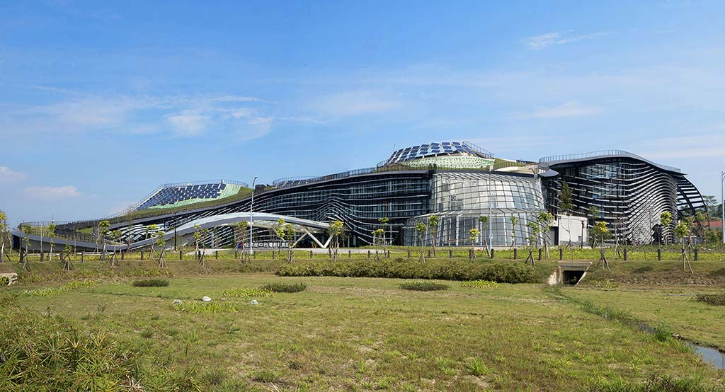 Central Taiwan Innovation Campus MOEA / Bio-architecture Formosana + NOIZ ARCHITECTS