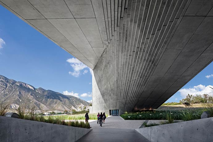 Concrete Ideas in Architecture