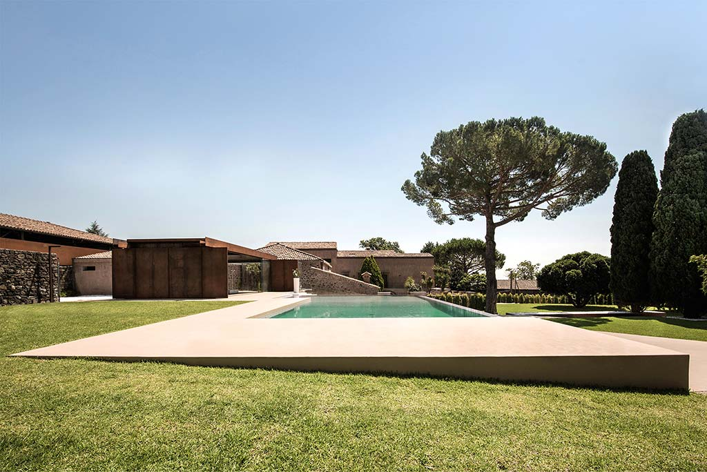 Renovation and Expansion of a Sicilian Villa / ACA