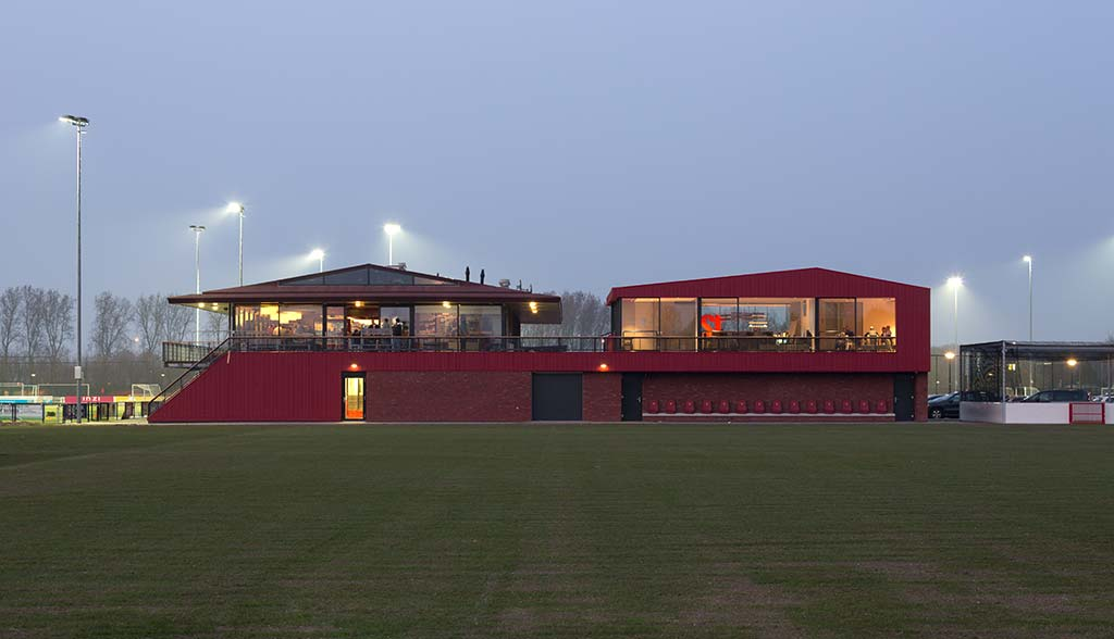 Clubhouse Extension / DEVRIES & JagerJanssen architects