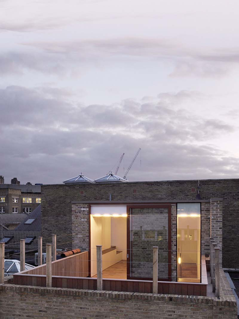 Charlotte road / mclaren excell