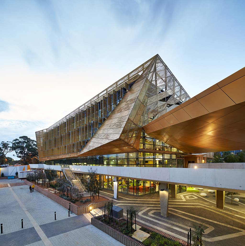 NGOOLARK - Ecu Student Services Building 34 / JCY Architects and Urban Designers