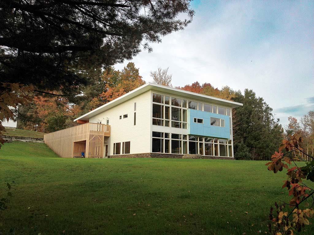 The White Mountain School Catherine Houghton Arts Center / Ruhl Walker Architects