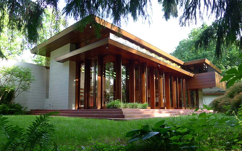 Frank Lloyd Wright House is rebuilt anew, piece by piece, in Arkansas