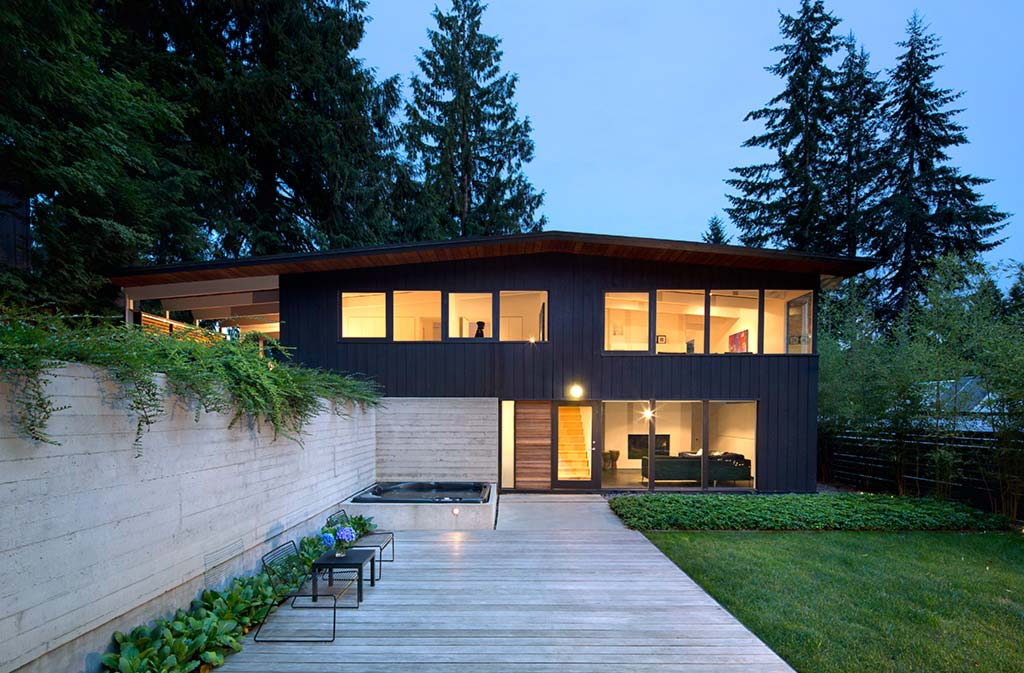 Canyon House / omb