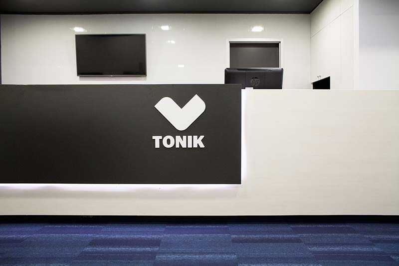 TONIK Health Club Social Areas Refurbishment / Estúdio AMATAM