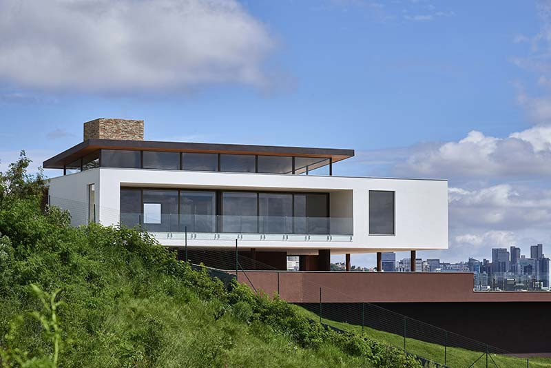 Valley House / David Guerra