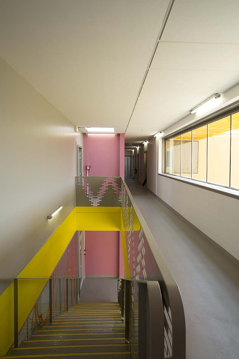 House for solidarity in Beauvais, France / Ellenamehl architects