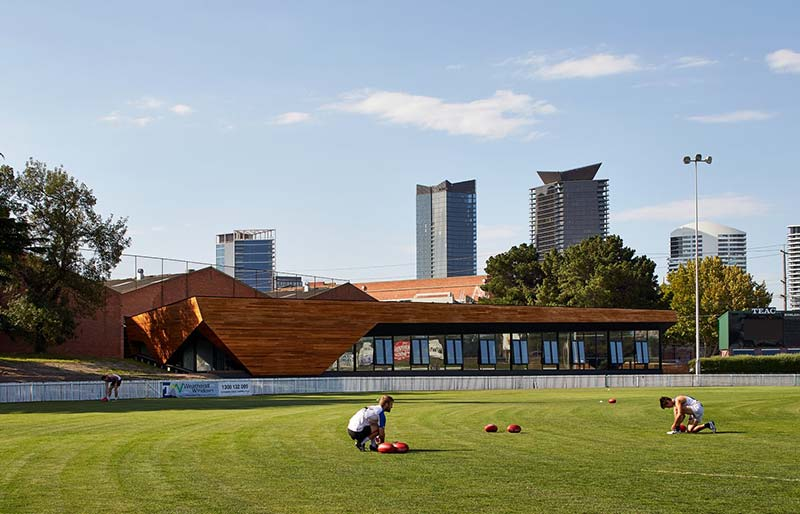 Port Melbourne Football Club / k20 Architecture