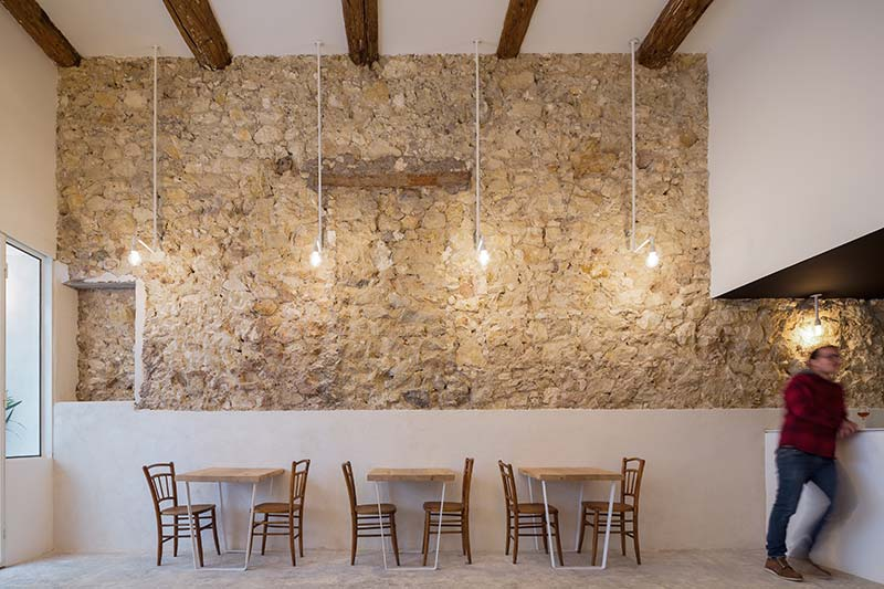 Beer bar FIETJE / Bertrand Guillon Architecture