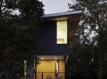 Hungry Neck House / The Raleigh Architecture Company