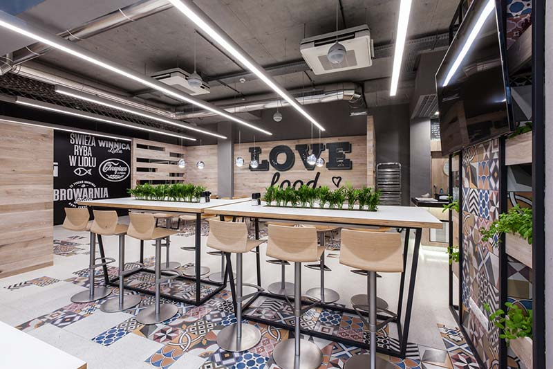 Restaurant in LIDL headquarters / mode:lina architekci