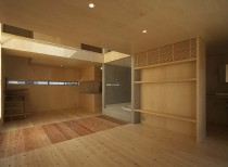 House in Imamiya / arbol