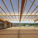 "School complex ""Les Bartelottes"" / NOMADE architects"